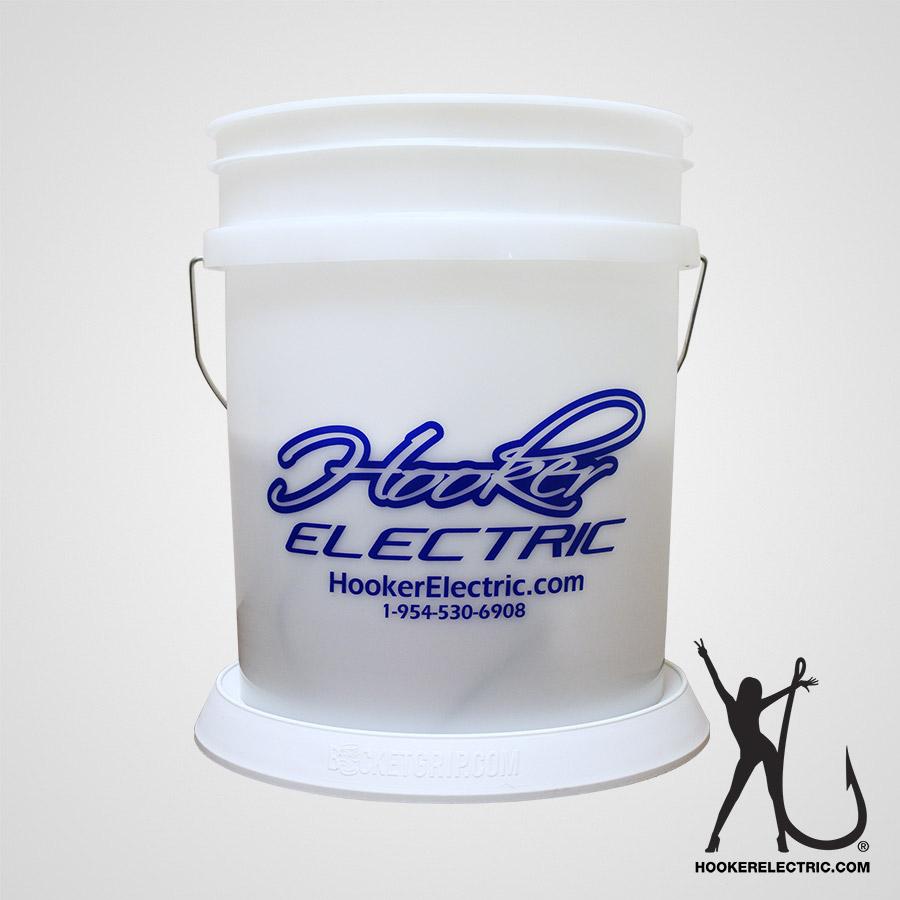 Hooker 5 Gallon Logo Bucket